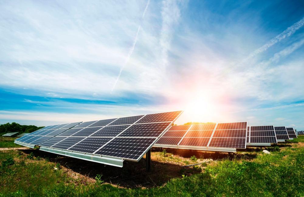 Fotovoltaico per azienda: incentivi riduzione costi energetici