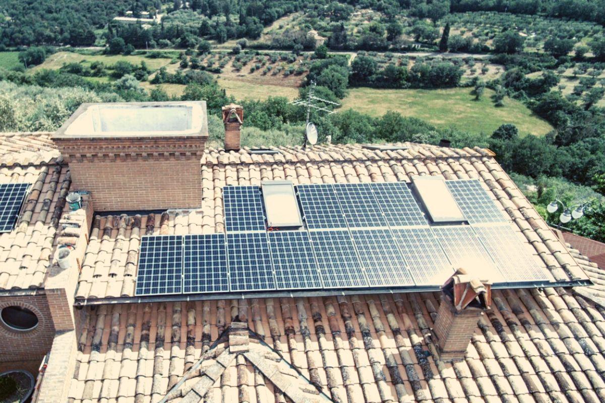 Impianto fotovoltaico integrato: cosa è e perché serve
