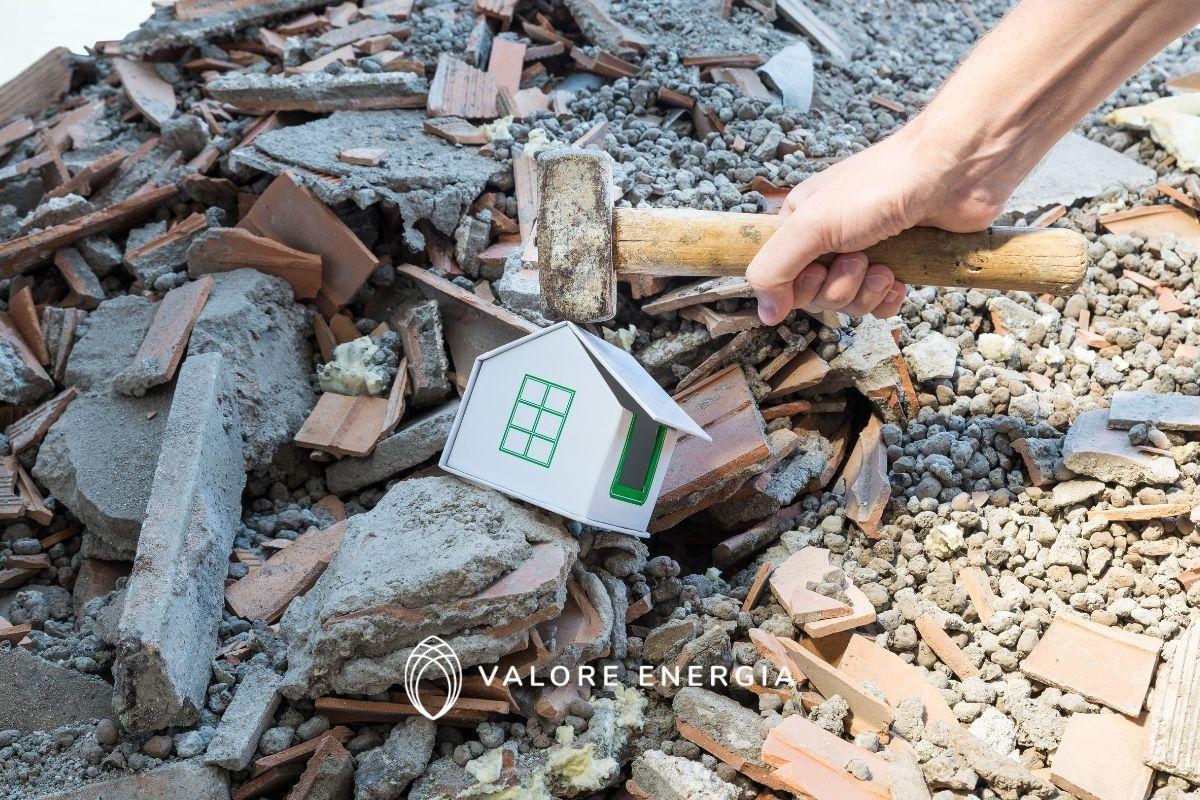 Superbonus 110 e abusi edilizi: si può richiedere lo stesso in loro presenza?