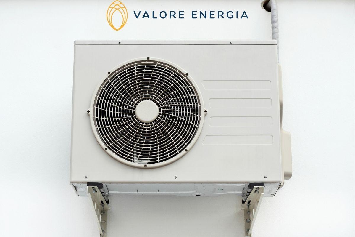 Caldaia condensazione o pompa di calore? Un utile confronto per scoprire quale dei due sistemi si quello più vantaggioso